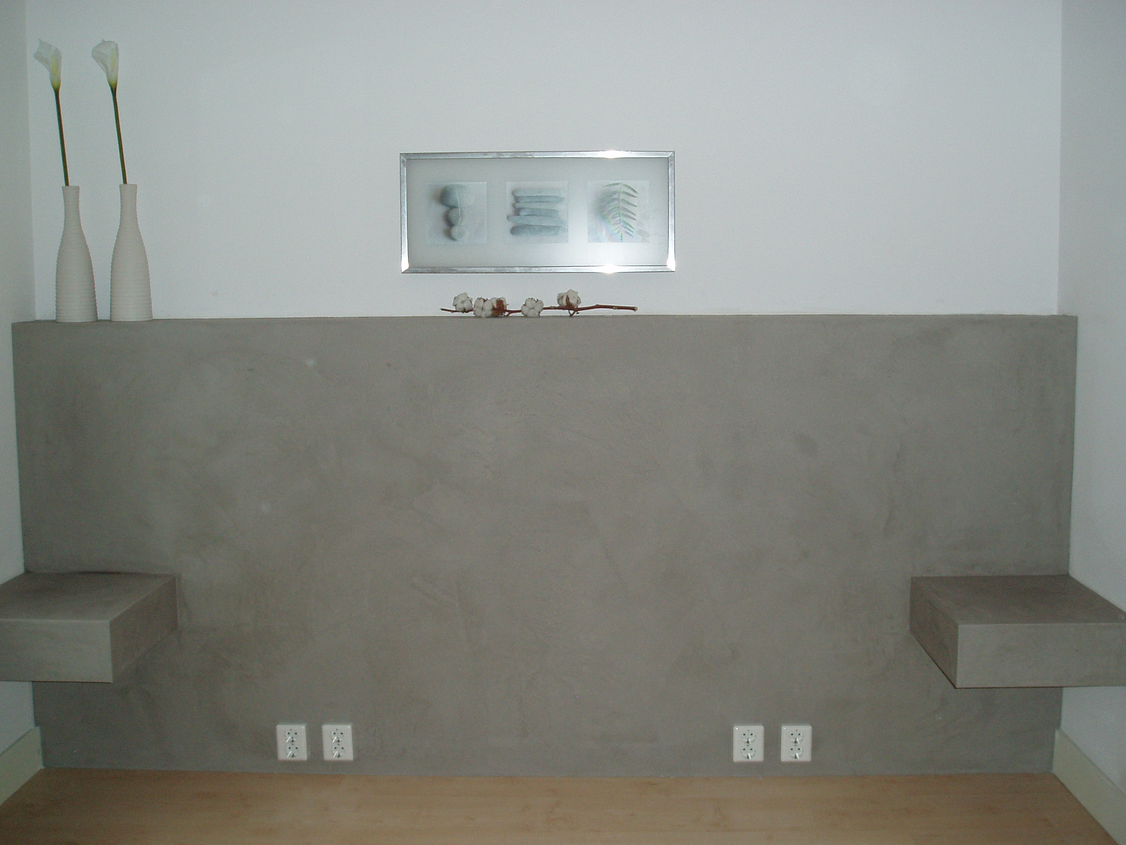 Achterwand slaapkamer betonlook