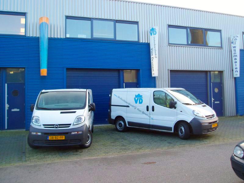 Bedrijfsbusjes van Stukadoorsbedrijf van Drunen Delft